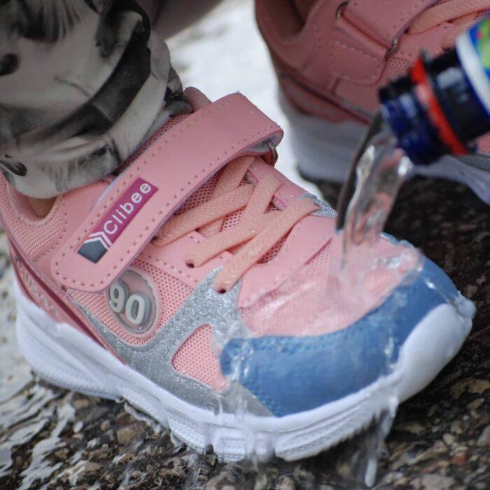 Tekstiilikaitse hoiab jalanõud määrdumise ja märgumise eest