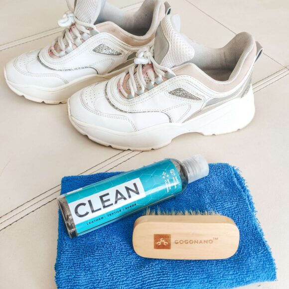 White shoes cleaning with ecofriendly gogonano cleaner with hog hair brush