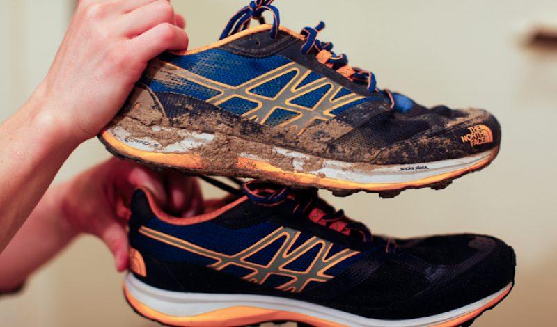 clean muddy running shoes gogonano